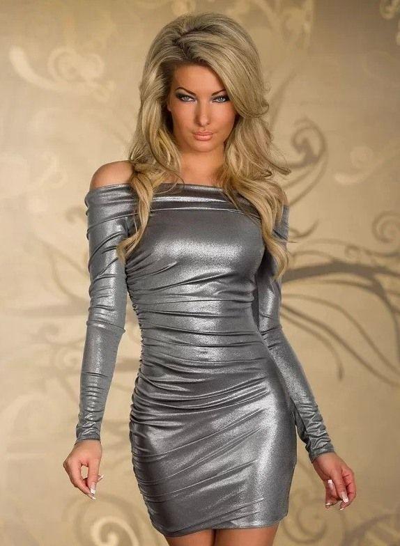 Фото девушек в серебристых платьях